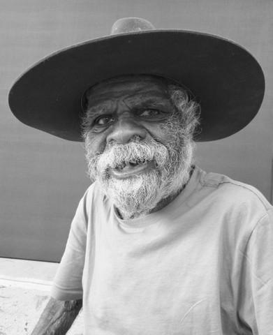 indigenous-aboriginal-australian-artist-tommy-watson-print-decor.jpg